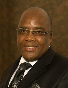 Motsoaledi puts doctor pay offer on table