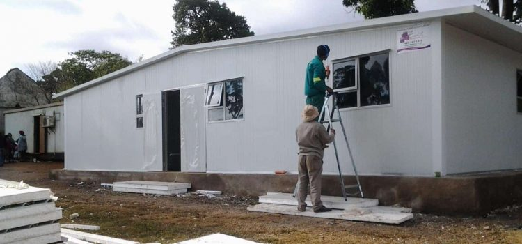 Limpopo clinic becomes a health hazard as building cracks while health department delays