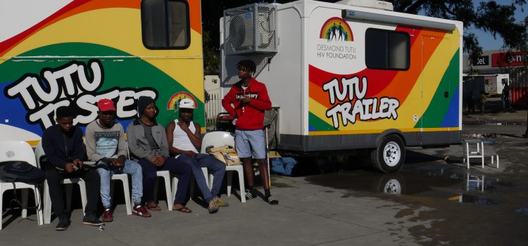 Tutu Truck – Get a haircut after HIV test