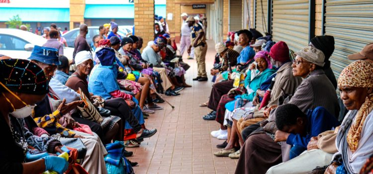 CoronavirusSA: Pensioners struggle to receive grants