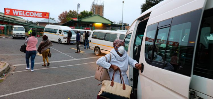 Free State taxi passengers ignoring Covid-19 precautions, say drivers