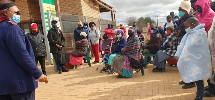 Residents stranded after Eskom cuts North West clinic's electricity