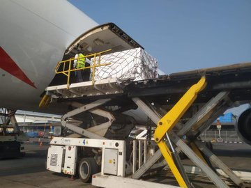Cargo of Covid-19 vaccine being loaded into an aeroplane set for South Africa