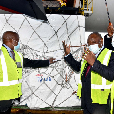 President Ramaphosa inspecting the vaccine carrying pallet