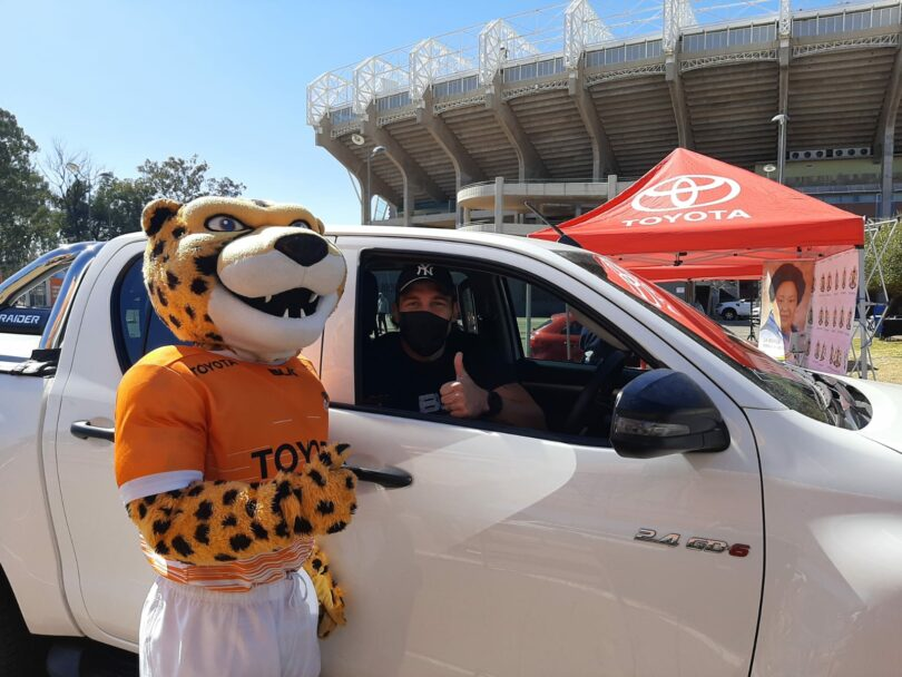 Cheetahs rugby star encourages fans to get vaccinated.